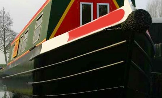 Relax On The Water With Urban Fox 45' Canal Boat In March, England