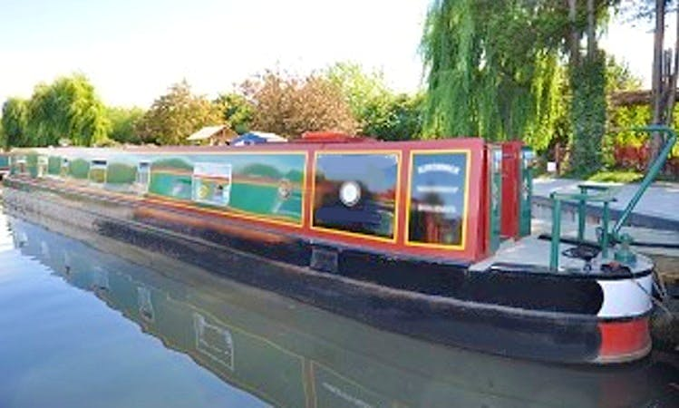 """Herald"" Canal Boat rental in Godalming"