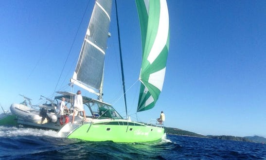 Cruising Catamaran Rental In Armação Dos Búzios