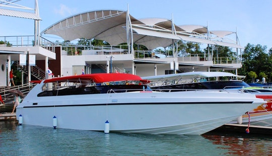 Privatemorot Yacht Charter In Phuket, Thailand