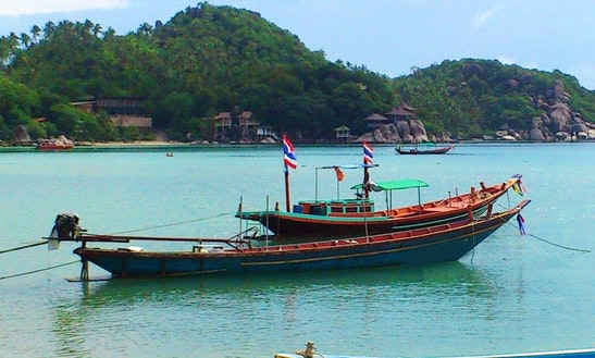 (16 Pax) Passenger Boat Tour  In Tambon Ko Tao