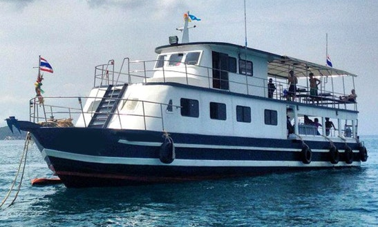 Mv Ponpanawa Passenger Boat  In Phuket