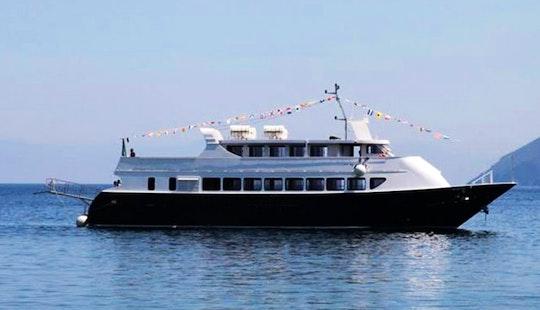 Boat Excursions On The Costa Degli Dei In Tropea