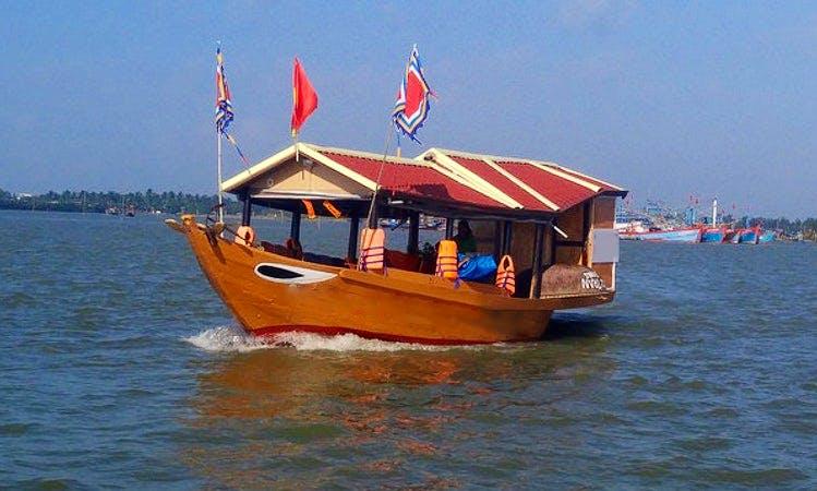 Charter a Traditional Boat in Đa Phúc, Vietnam