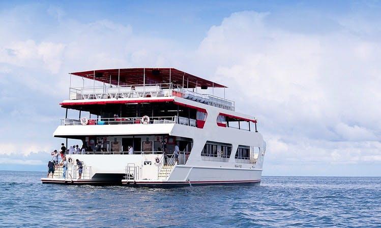 Charter Power Catamaran in Na Jomtien, Thailand