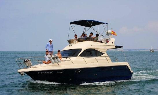 Charter 36' Astinor Motor Yacht In Puerto De Santa Maria, Cadiz