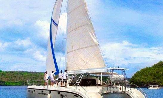 Cruising Catamaran In Denpasar Selatan