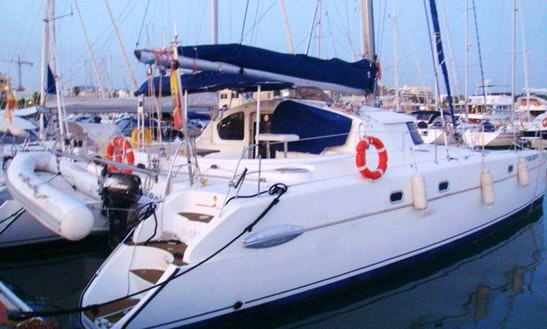 43' Cruising Catamaran Belize Charter In Badalona, Spain