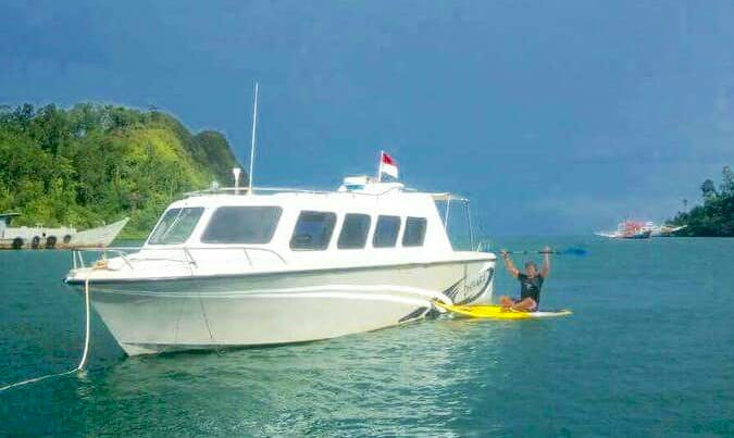 Charter a Motor Yacht with Friendly Skipper in Lubuk Begalung, Indonesia