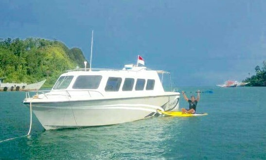Charter A Motor Yacht In Lubuk Begalung, Indonesia