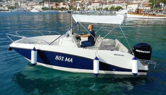 Deck Boat For Rent In Makarska