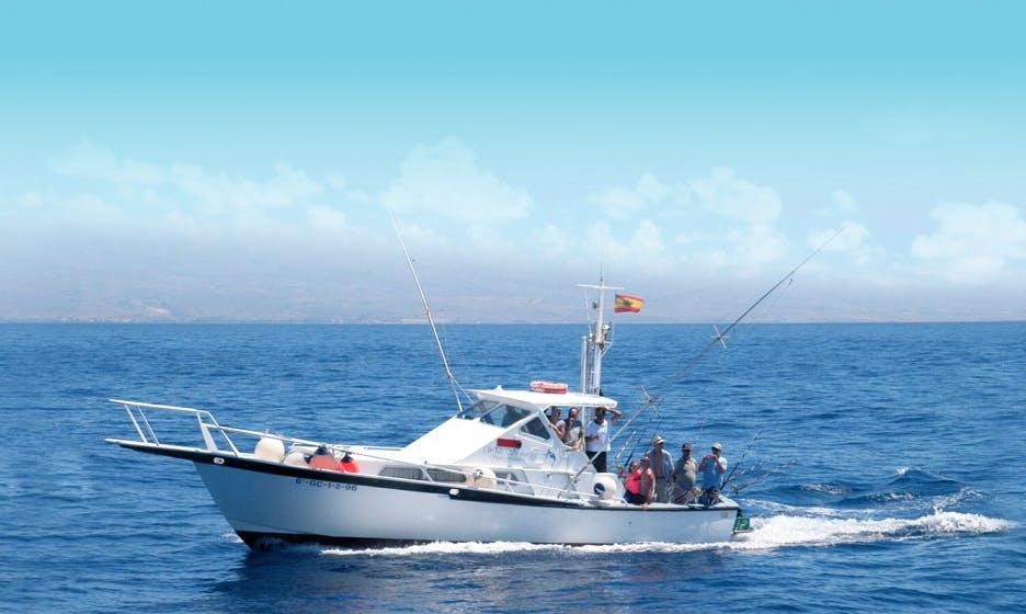 Awesome Fishing Trip in Canarias, Spain on 38' Striker Sport Fisherman