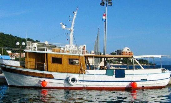 Charter A Passenger Boat In Podgora, Croatia