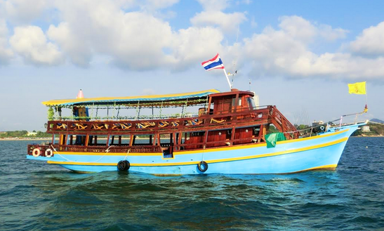 Charter 75' Passenger Boat In Muang Pattaya, Thailand