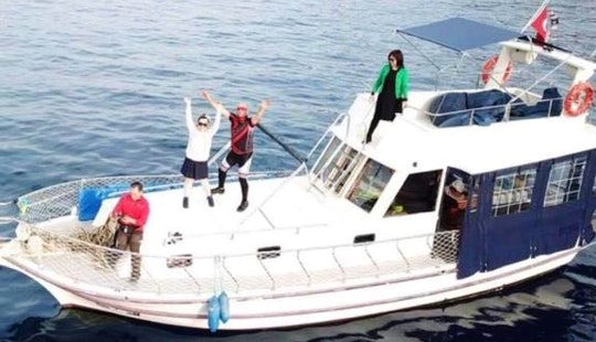 Charter 12 Person Motor Yacht In Muğla, Turkey For A Experience Like No Other