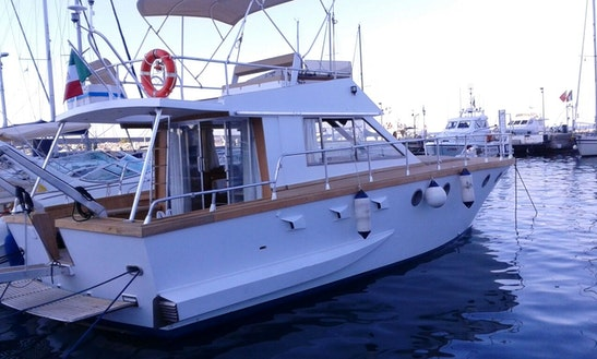 Charter 43' Friend Fritz Motor Yacht In Cefalù, Italy