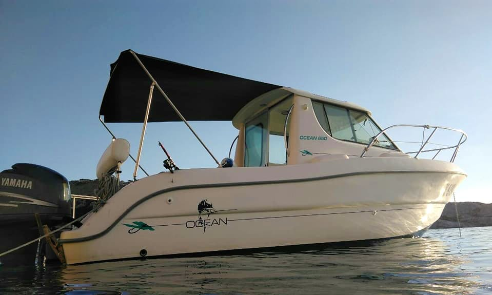 Charter Ocean 650 Cuddy Cabin in Zlarin, Croatia