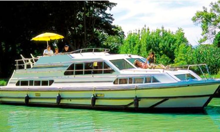 Charter 42 Classique In Porto Levante Italy Getmyboat