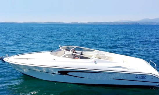 Sessa Key Light '21 Power Boat Rental In Bardolino