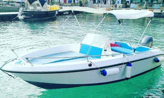 Rent 18' Center Console In Toscana, Italy