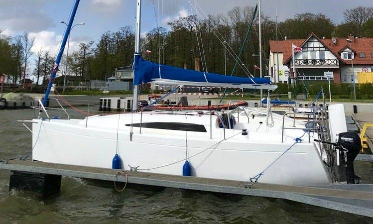 Full Day Sailing Charter On Antila 27 Cruising Monohull In Tolkmicko, Poland