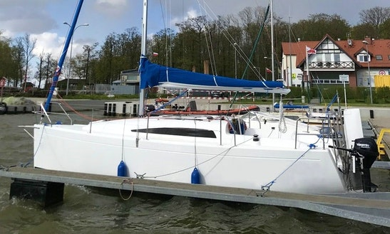 Full Day Sailing Charter On Antila 27 Cruising Monohull In Tolkmicko, Poland
