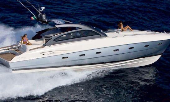 47' Fiart Luxury Motor Yacht Rental In Napoli, Italy