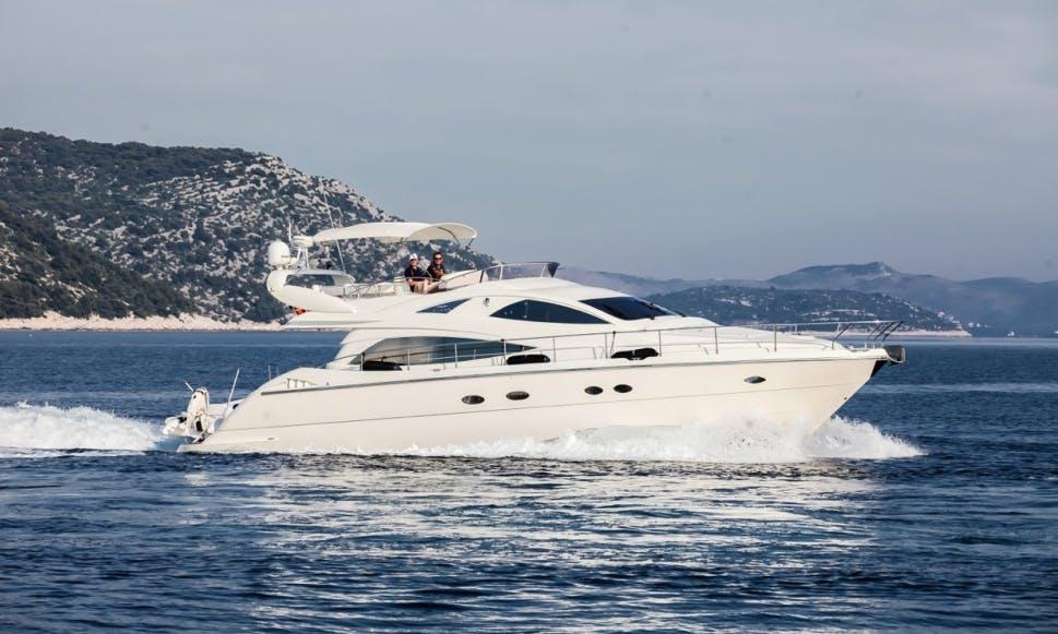 Charter 57' Aicon Fly - Senza Parole Power Mega Yacht in Šibenik, Croatia