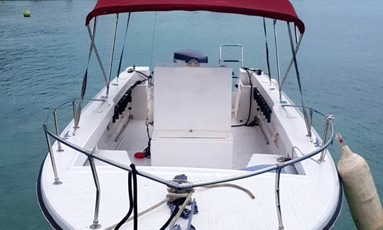 Rent 25' Robalo Center Console In Dunmore Town, Bahamas