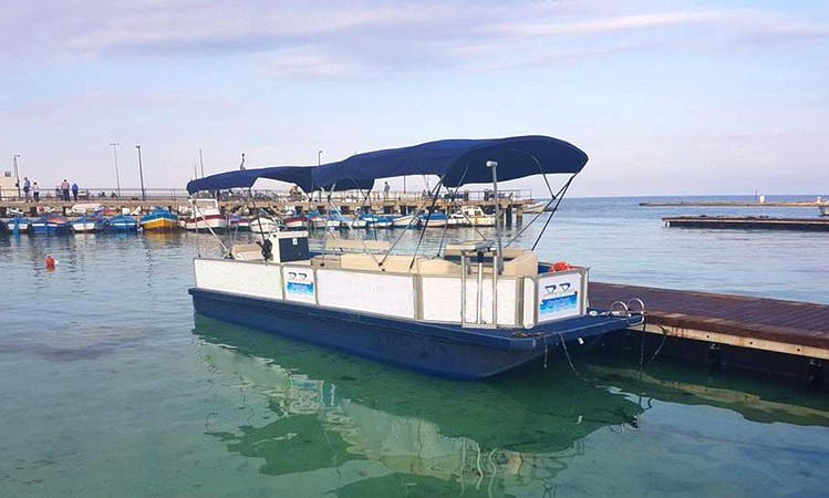 Charter a 12 People Pontoon in Palermo, Sicilia