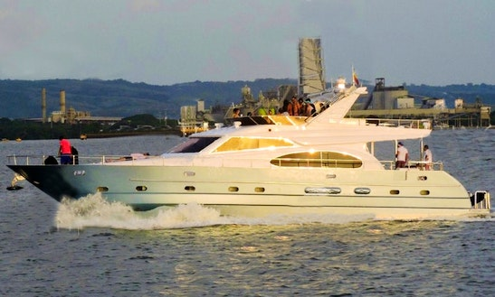 70ft Luxury Yacht For Island Hopping Day Tour