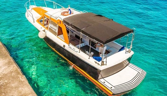 Charter A 12 Person Motor Yacht To Cruise Dubrovnik, Croatia