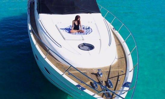 Cruising Monohull Rental In Ceiba