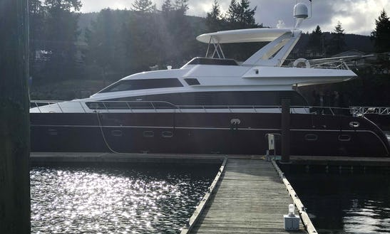 Luxury 66' Italian Yacht Charter In Seattle - Book Now For Argosy Christmas Ships Lighted Parades & New Years Eve