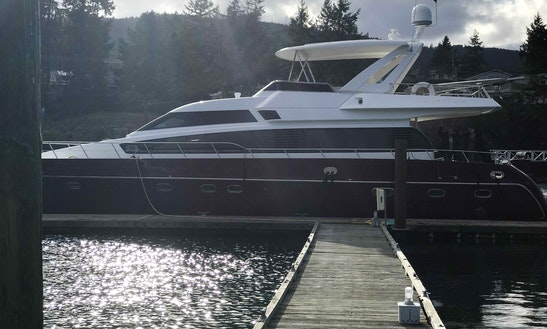 Luxury 66' Italian Yacht Charter In Seattle - Book Now For Husky Sail-gate & Christmas Ships