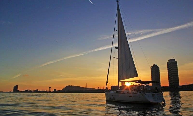 Enjoy Private Sunset Sailing On 40ft Cruising Monohull In Espigó de Llevant, Spain