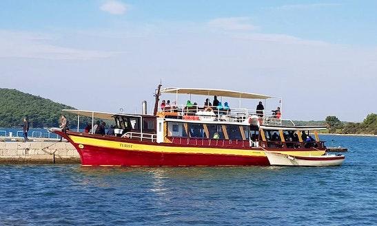 Charter Turist Trawler In Medulin, Croatia