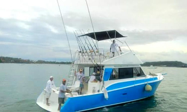 Sport Fishing Charter in Zihuatanejo, Guerrero on 39' Sport Fisherman
