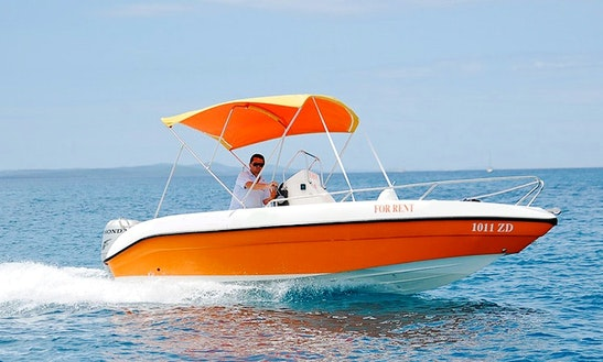 This Flashy Bowrider Is Sure To Attract Some Attention!