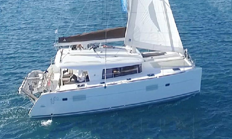 Charter 400'S2 Lagoon Cruising Catamaran in Lavrion, Greece