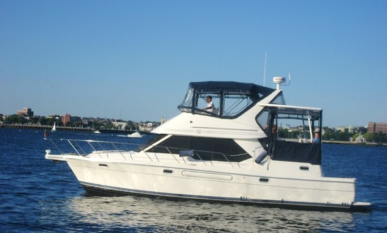 Motor Yacht Rental In Boston