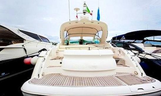 Fairline Targa 48 Motor Yacht In San Lorenzo Al Mare