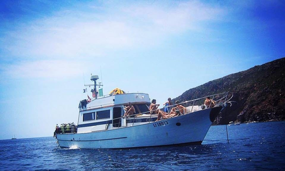 Charter a Motor Yacht in Toscana, Italy