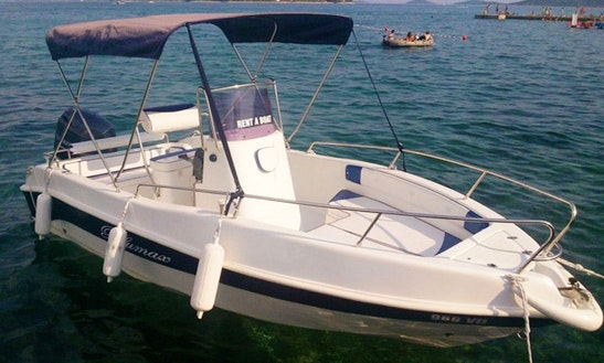 Blumax 550 Open Center Console Rental In Villagonia, Italy
