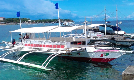 Tour The 3-island Aboard A Traditional Boat!