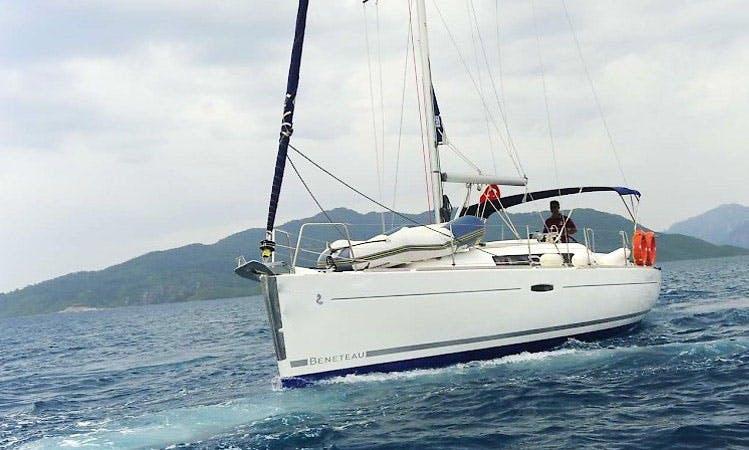 Charter 34' Beneteau Oceanis Cruising Monohull in Muğla, Turkey