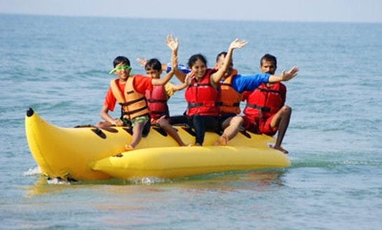 Enjoy Banana Boat Rides In Panaji, Goa