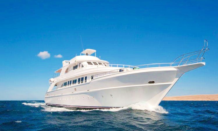 Deep Voyage Yacht in Hurghada