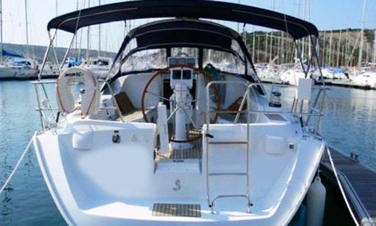 Oceanis 393 ANICA Cruising Monohull Charter in Primošten