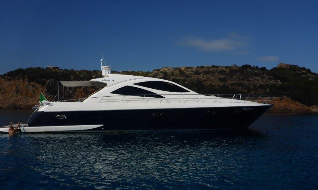Charter 68ft Fly Away Power Mega Yacht In Nettuno, Italy